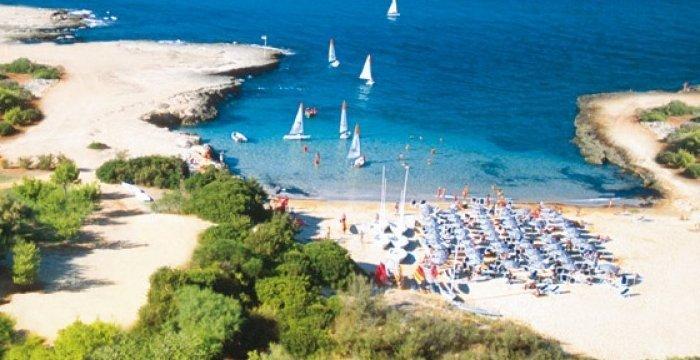 Cdp acquisisce ufficialmente tre resort da Valtur