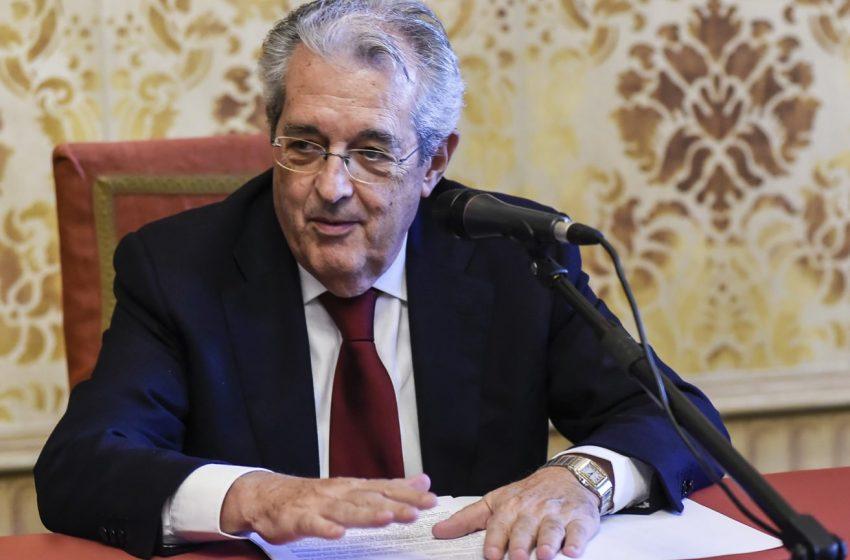 UniCredit, morto il presidente Fabrizio Saccomanni