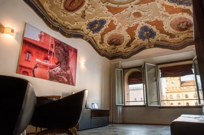 Prelios Sgr vende Palazzo dei Banchi a Bologna. Incarico a Santandrea Luxury Houses
