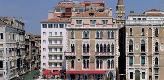 I fondi Elliott e Blue Skye comprano l'hotel Bauer a Venezia