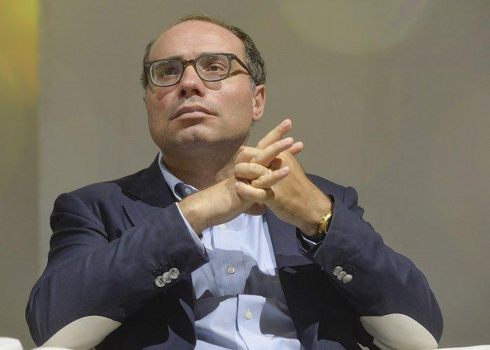 Intesa: arriva Stefano Firpo dal Mise quale dg di Mediocredito Italiano