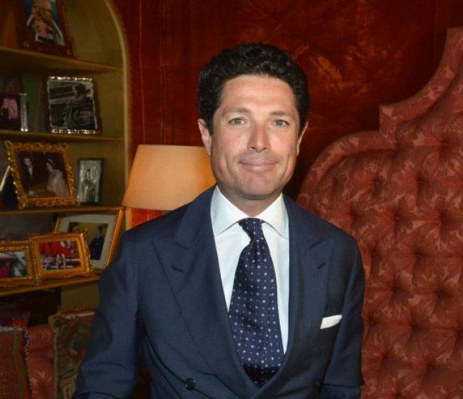 Matteo Marzotto veste Dondup
