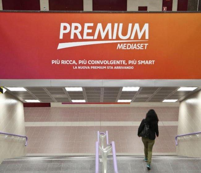 Fra Mediaset e Vivendi solo colloqui informali ma nessuna trattativa