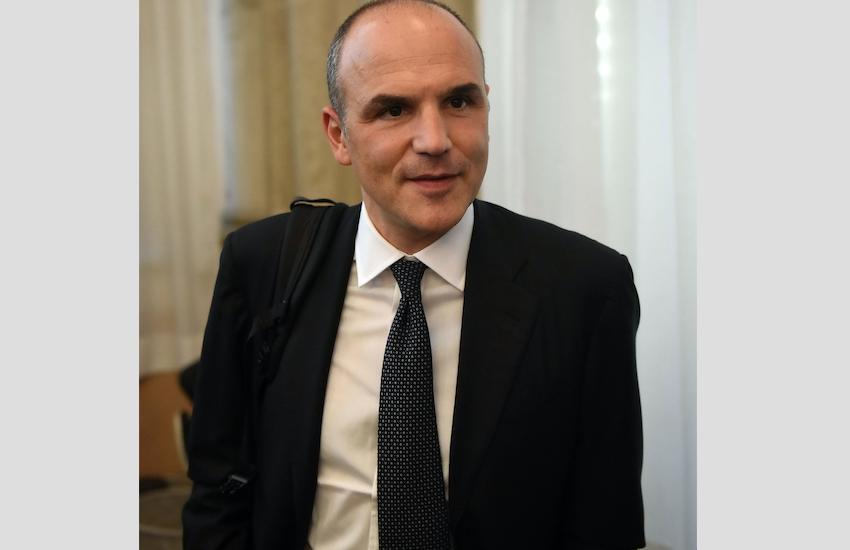 Il cfo Francesco Mele lascia Mps, al suo posto Rovellini