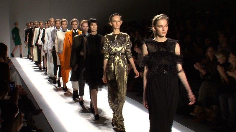 Mediobanca: cresce e la moda in Italia. Il settore vale 70,4 miliardi