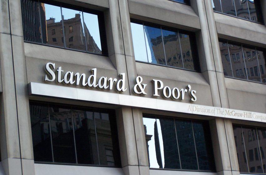 Standard & Poor's promuove le banche, ma occhio agli npls