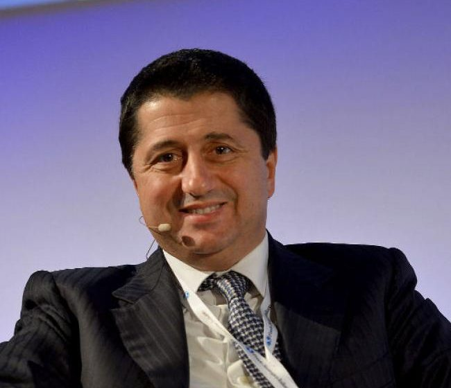 Il Fondo Strategico Italiano si fa in tre