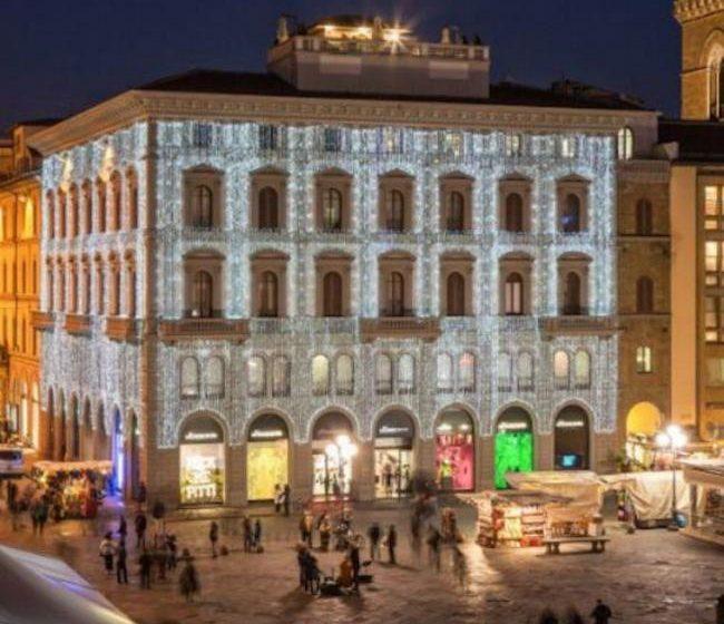 UniCredit Leasing, Intesa Provis e ING chiudono la vendita di Palazzo Trianon